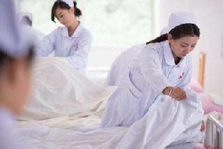 成都市卫生学校涉外护理专业有发展前景吗?