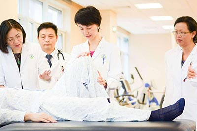 四川育英医科技校-康复技术专业