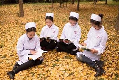 四川城市技师学院护理专业