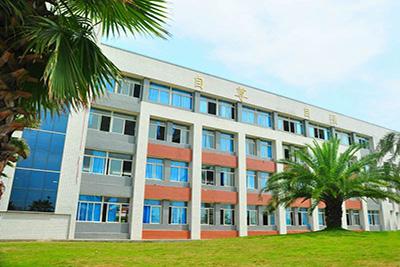 南充技师学院教学楼
