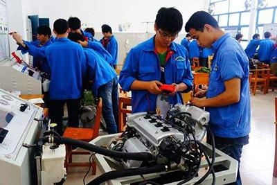 南充技师学院汽车检测与维修专业